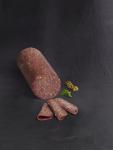 Salami met hazelnoten
